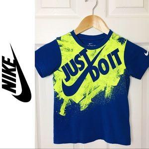👕NIKE👕 Boy's T-Shirt